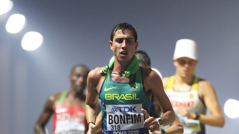 Brazil's Caio Bonfim putting his best foot forward in the 20km Race Walk Final. (Photo by Andy Lyons/Getty Images for IAAF)