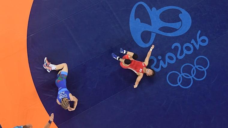 アゼルバイジャンのマリア・スタドニクに逆転勝ちする形でリオ五輪を制した