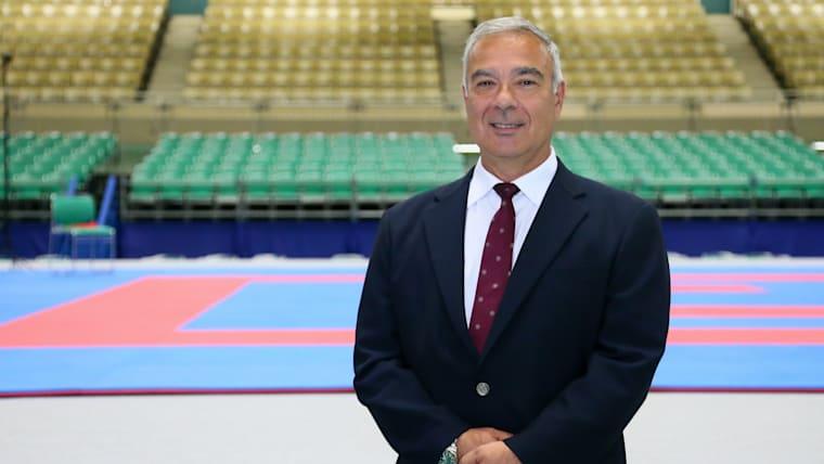 世界空手連盟審判委員会のハビエル・エスカランテ委員長