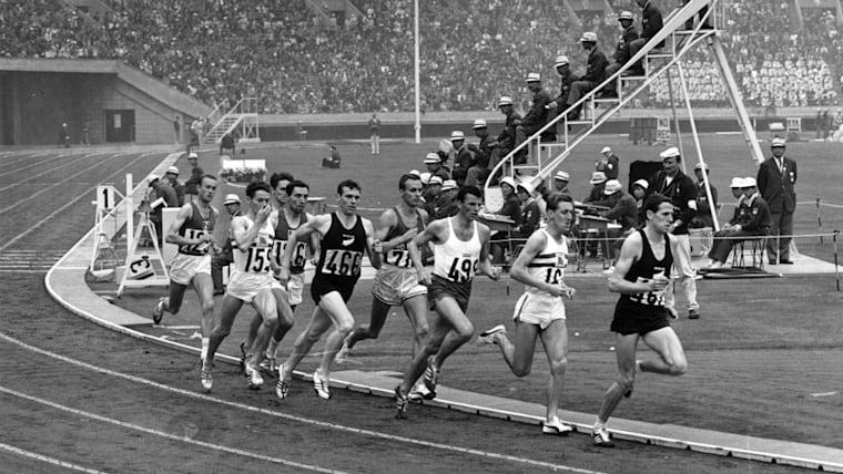 93の国と地域、男女合わせて5152人が参加した東京五輪で日本は29個のメダルを獲得している