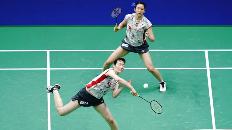 Top seeds Mayu Matsumoto (L) and Wakana Nagahara (R)