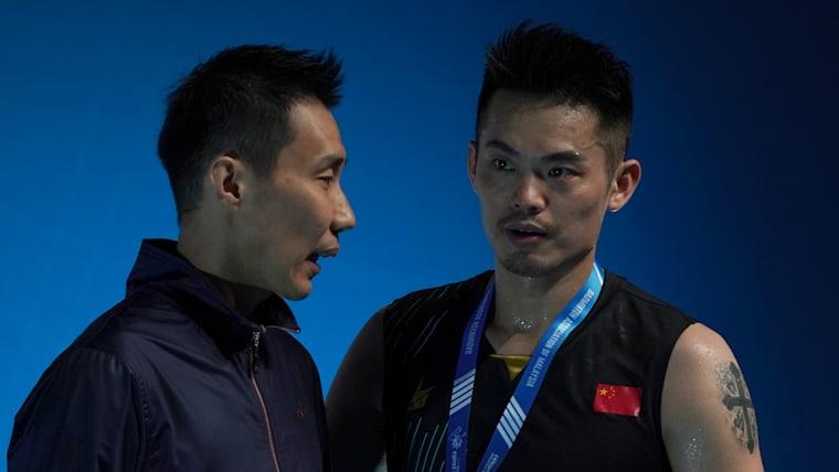 Lee Chong Wei with Malaysia Open champion Lin Dan