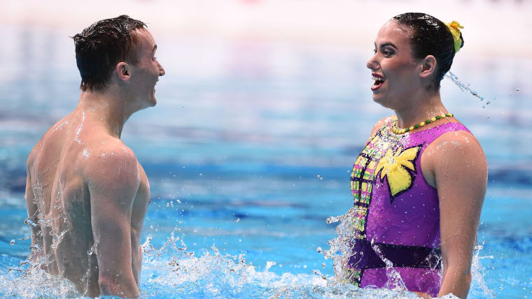 Aleksandr Maltsev and Mayya Gurbanberdieva compete in the 2019 FINA World Series event in Tokyo