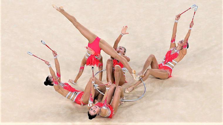 フェアリージャパンは、団体で同大会初の金メダルを獲得。史上初の快挙を達成した(写真はリオ五輪)