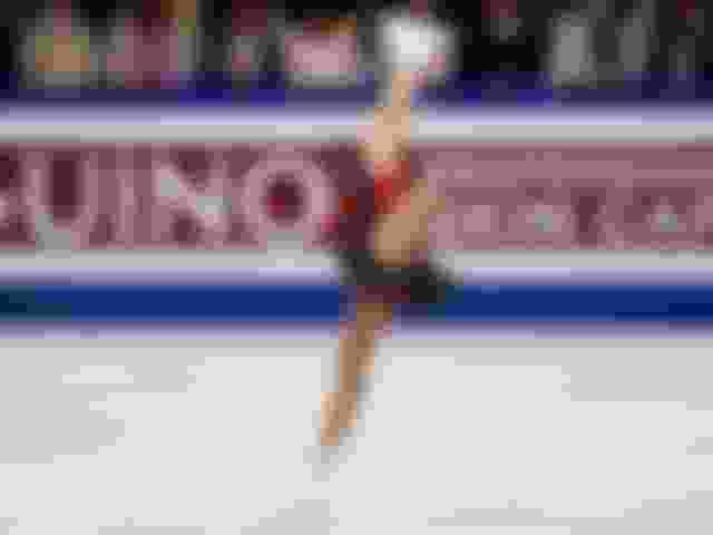Alina Zagitova wins ladies' figure skating gold in Saitama