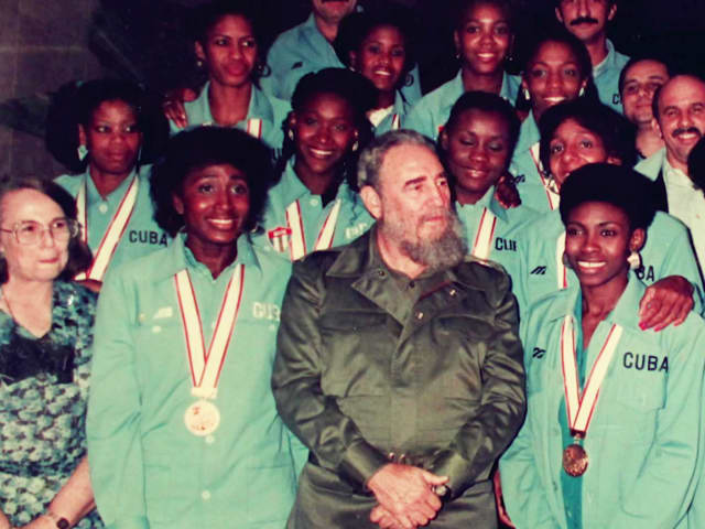 Las espectaculares 'Chicas Caribeñas' de Cuba   Arriba Cuba