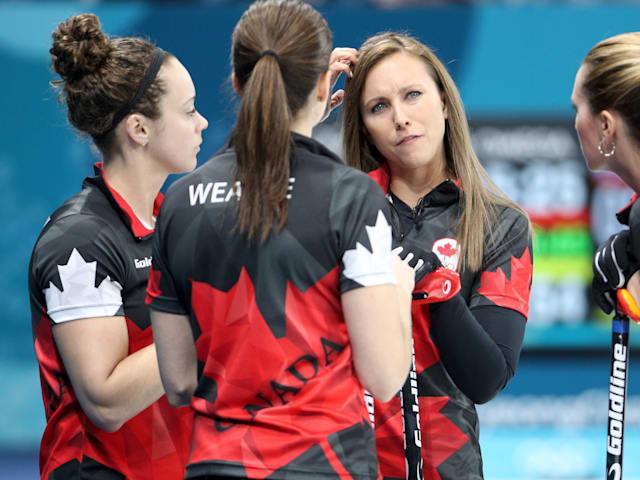 منتخب كندا للكيرلنج يمضي قُدماً بقيادة هومان