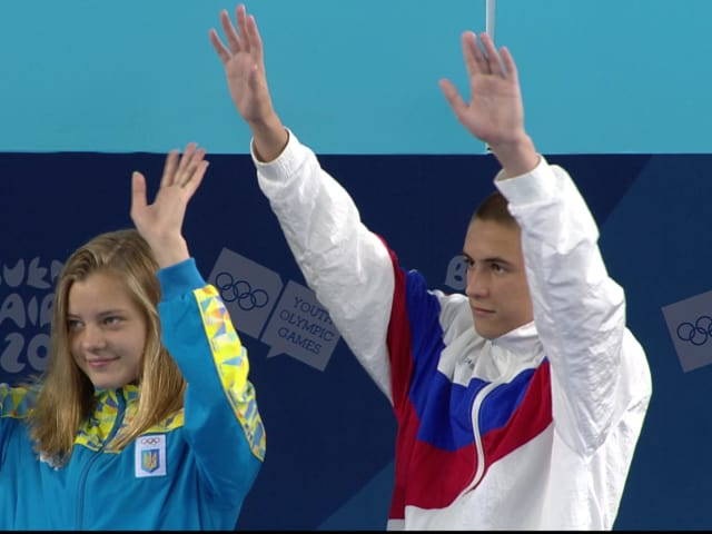Russian/Ukrainian duo wins bronze in mixed team diving