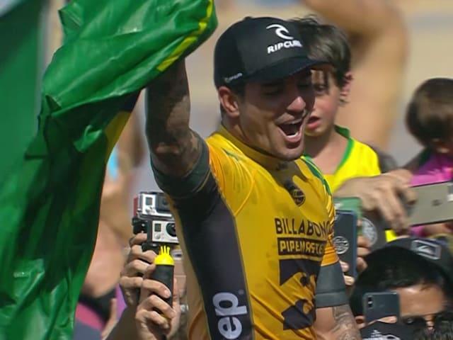 Gabriel Medina é bicampeão mundial de surf