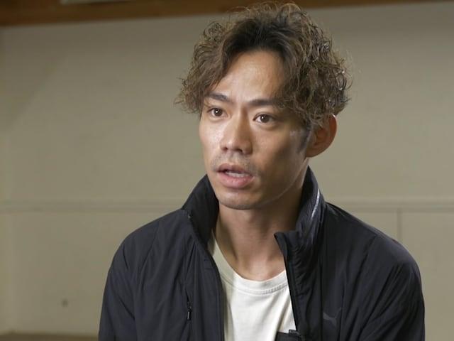 Daisuke Takahashi geht einen Schritt voran