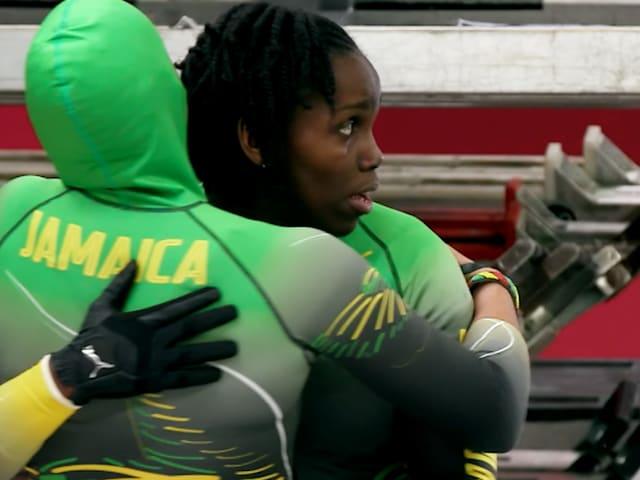 Bobsledder jamaiquina apunta a Pekín
