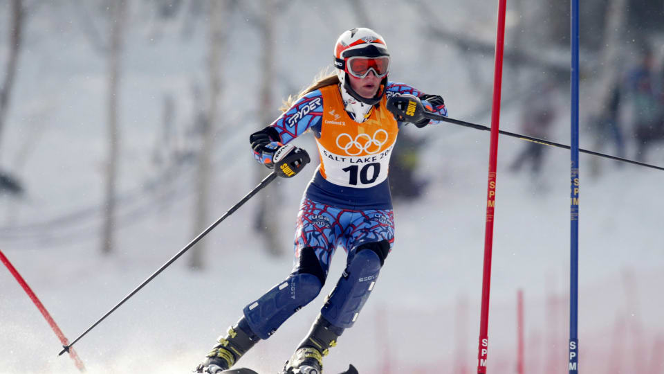 Lindsey Vonn, then Lindsey Kildow, competes in the women's combined (slalom) during the 2002 Salt Lake City Olympics. (Al Bello/Getty Images)