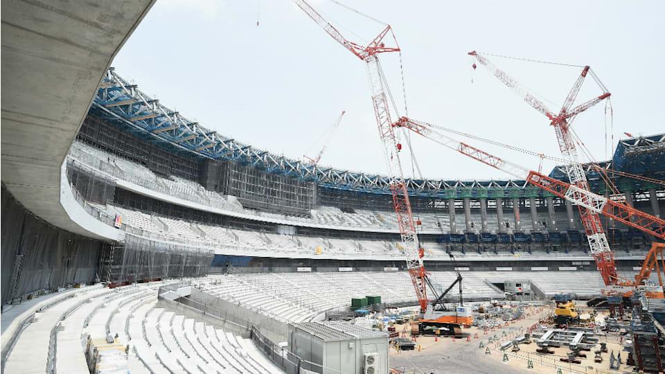 座席下にはファンを施し、気温が上昇した際には風をスタジアム内に流し込む